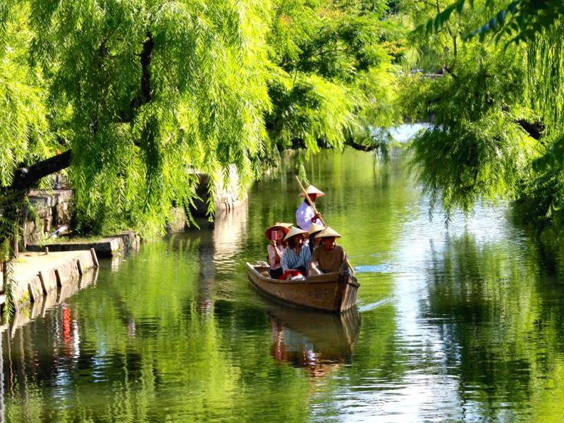 【岡山】倉敷美観地区で江戸時代にタイムスリップ! 倉敷川で川舟流しが楽しめます