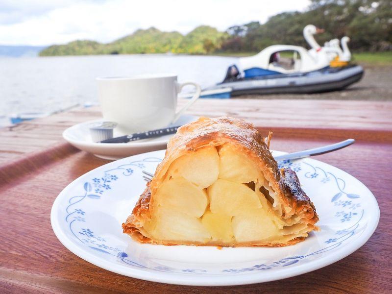 【#萌え断】十和田湖畔のカフェでいただく、絶品「手作りアップルパイ」!