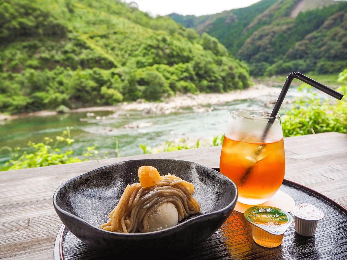 四万十川が眺められる絶景カフェ!「おちゃくりcafé」