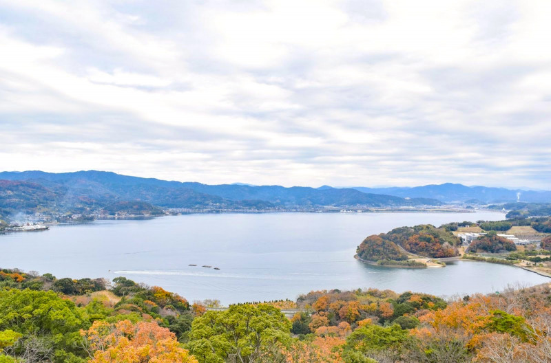 浜名湖の絶景ポイント! 日本で唯一湖上を走る「かんざんじロープウェイ」と「大草山展望台」