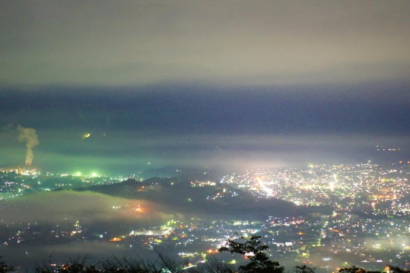 密を避けて楽しもう! 東京近郊ドライブで行きたい自然スポット10選