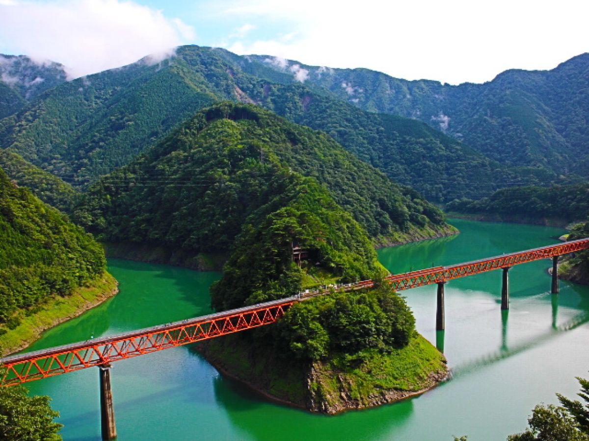 湖の上にある不思議な駅「奥大井湖上駅」へ行ってみた